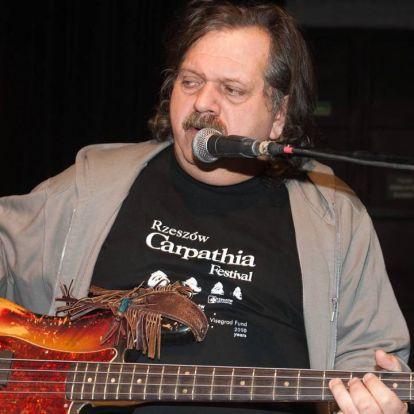 Meghalt Póka Egon, a magyar blues legendás alakja