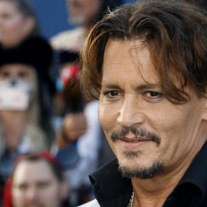 Ilyen gyönyörű nővé cseperedett Johnny Depp 22 éves lánya, aki mellesleg kiköpött édesapja - Fotók