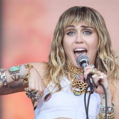 Miley Cyrus legfrissebb fotói elég fenékhangsúlyosak lettek