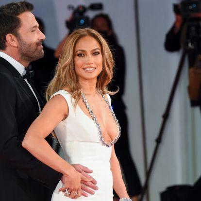 Jennifer Lopez a folyékony highlighterre esküszik