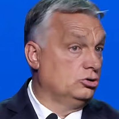 """""""Indigóval írják a lapokat?"""" — Senki nem veszi be Orbánnak, hogy 700.000-en aláírták a Stop Gyurcsány!-petíciót"""