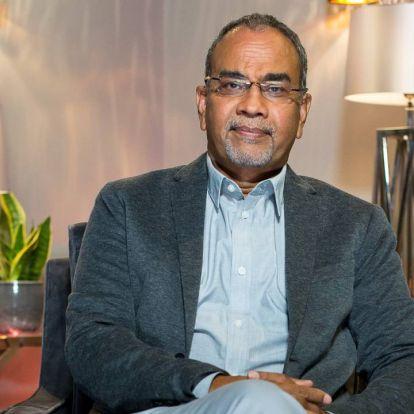 109 millióért árulja a családi házát Joshi Bharat