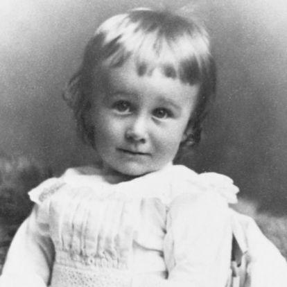Kvíz! Felismered a történelmi személyiségeket a gyerekkori fotóikon?