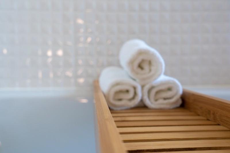 A hotelszobák fürdőszobáiból rengeteg hasznos ötletet tudunk meríteni otthonra is